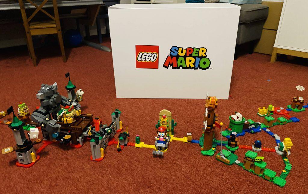 Super Mario Level mit verschiedenen Sets