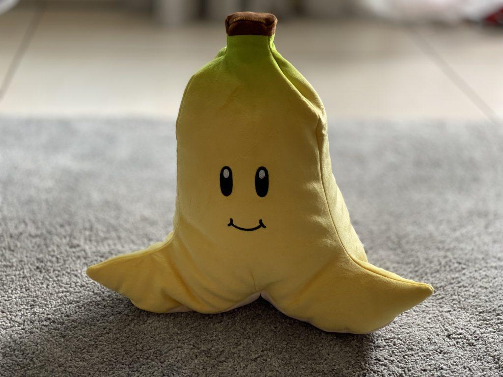 Super Mario Kart Banane Plüschfigur von Club Mocchi Mocchi
